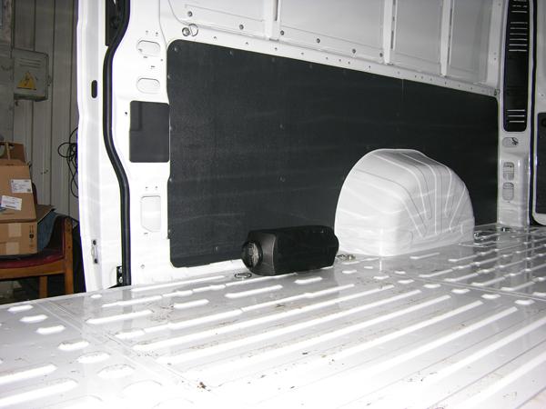 Установка Воздушного автономного отопителя Eberspacher D4 на Fiat Ducato